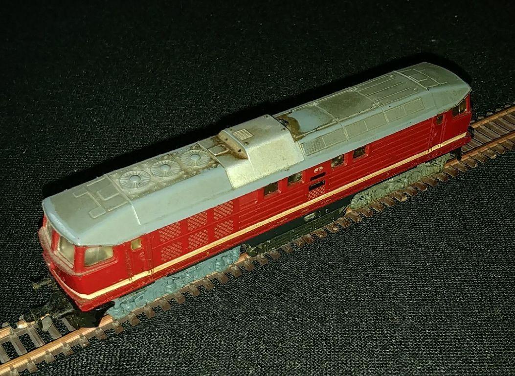 TT diesellok br 130 007-8, Dr, rosso, año aprox. 1975, usado, embalaje original giallo verde
