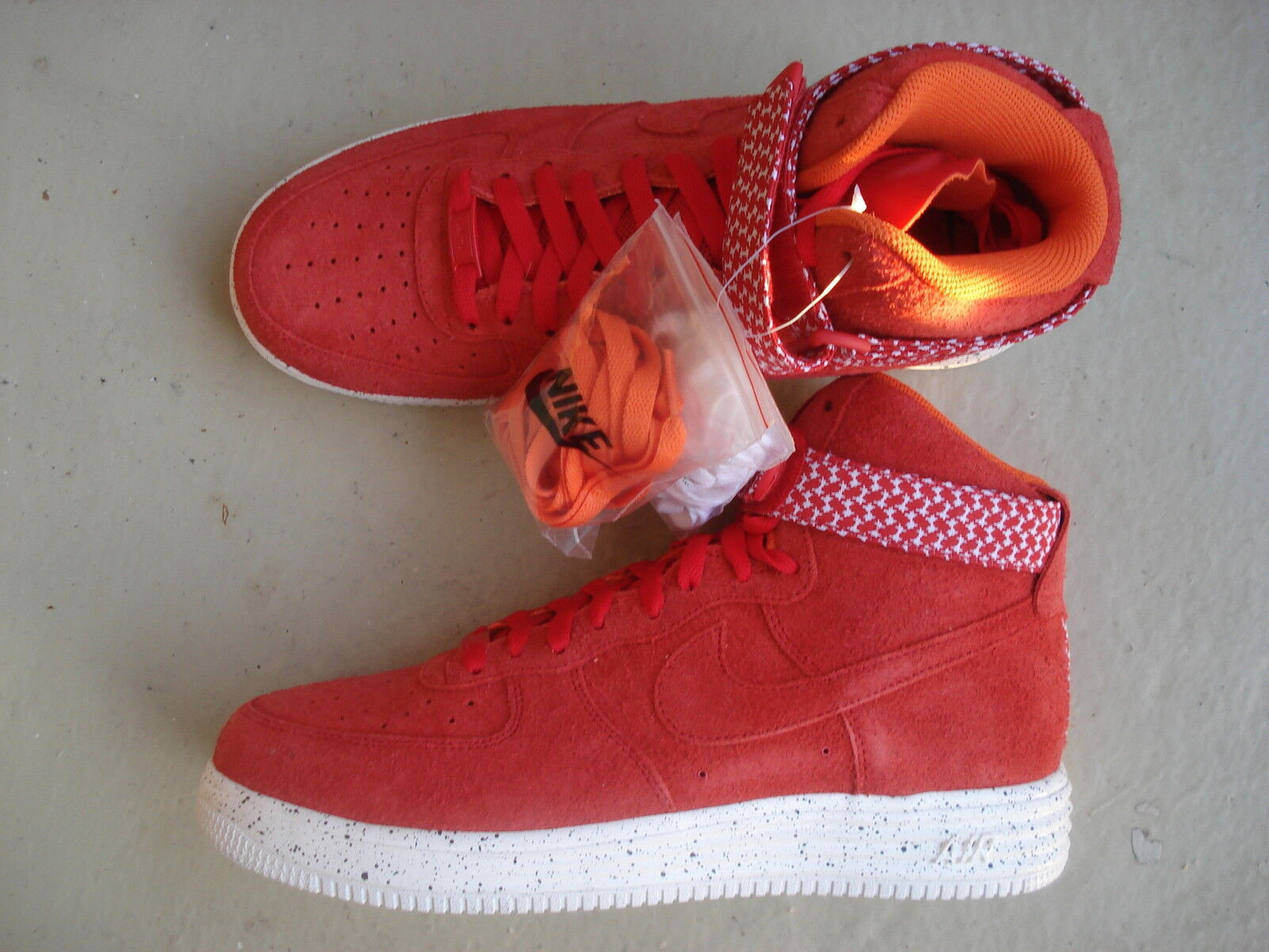 Undefeated x Nike Air Lunar Force 1 High SP 45 University Red White