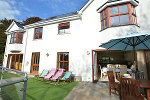 Offer-for-December-2018-5-Star-Weekend-in-Pembrokeshire-1-mile-from-the-beach