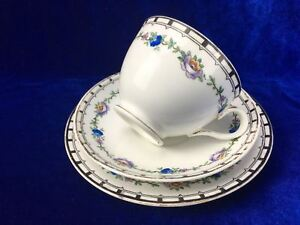 Tuscan-Fine-Bone-China-Trio-Made-In-England-7824-Cup-Saucer-Side-Plate-Floral