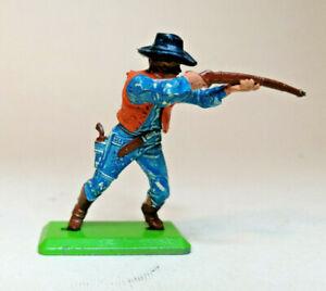 Britains Deetail 1st serie Cowboy De Pie Tiro Rifle Color 1