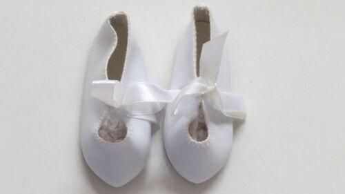 Chaussures  Long 87  Large 34    Simili cuir Blanc        pour poupées anciennes