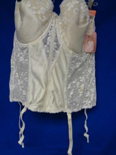 White vintage Merry Widow w/4 garters, 42 D by Car