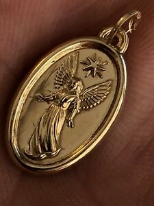 Solid-14k-Gold-Guardian-Angel-Cherub-Medallion-Pendant-Charm-0-5x0-75-034-Italy