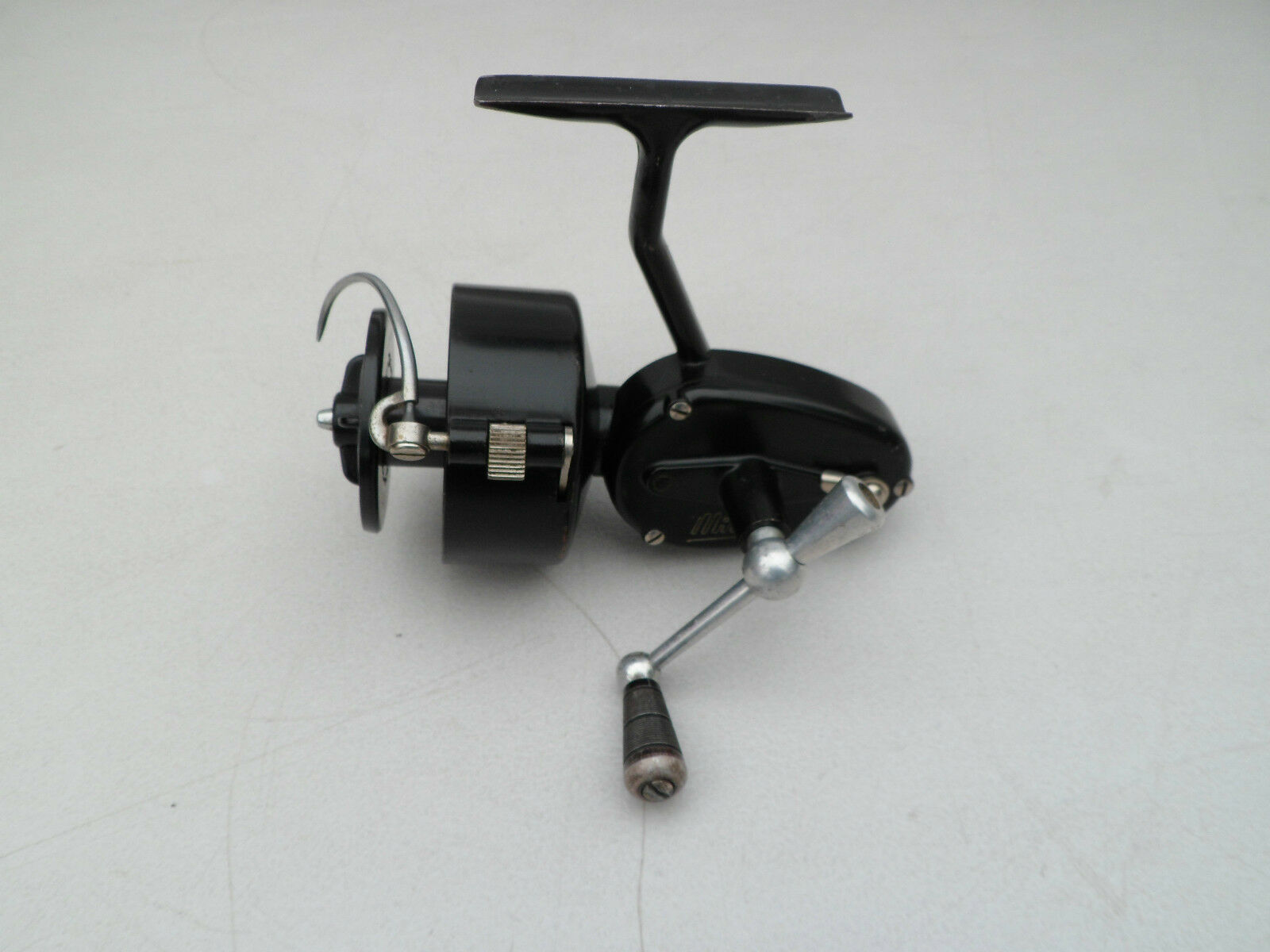 Vintage Mitchell 300 half half 300 bail spinning fishing reel 46e2a3