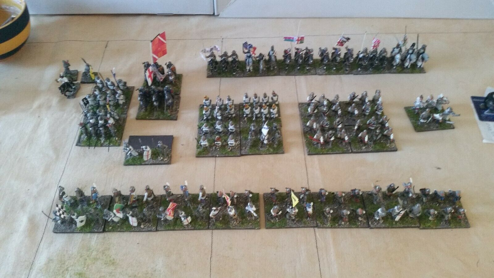 25   28 MM ,L'ART DE LA GUERRE 100YEARS pinkS ARMY PIANTED AND BASED CAN B DBMM