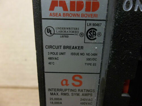 ABB UXAB 727131 R 111 CIRCUIT BREAKER UXAB727131R111 480 VAC 40A 40 A AMP 3 POLE