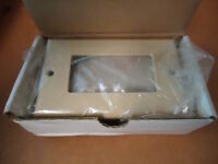Bose 033951 / 272674-02 Ivory Single Ta-2 Speaker Plate