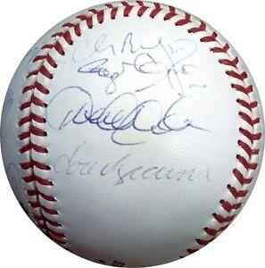 0ada694a7 2000 Ny Yankees Team Signed World Series Baseball Derek Jeter Rivera ...