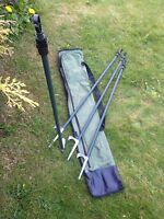 4 Hide Poles With Carry Bag - Twist Lock - Solid Cast Peg - Shooting - Pigeon