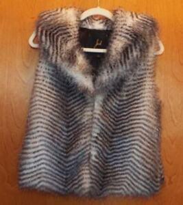 Størrelse Fur Stripes Eye VGC Small Closure White Jack Black Hook Faux 4qx8y5wO