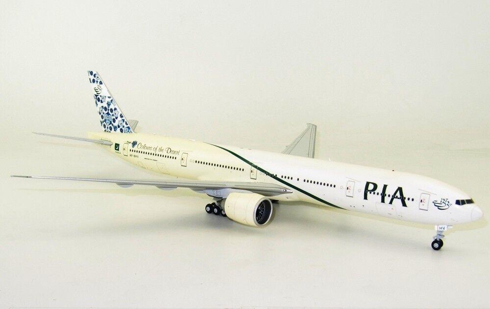 Jc Wings LH2038 1 200 Pia Boeing 777-300ER Ap-Bhv Farben der Wüste W   Ständer