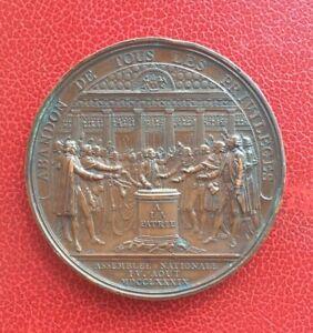 France-Tres-Jolie-Medaille-Louis-XVI-Restaurateur-de-La-Liberte-Francaise