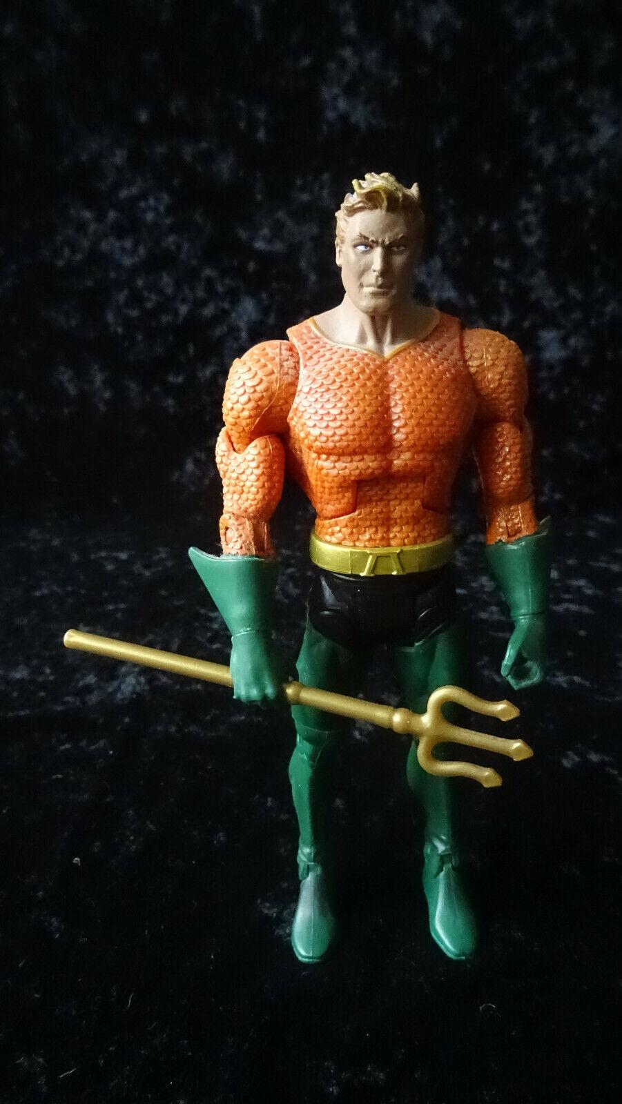 Dc universe universe universe classics Aquaman 16 cm gut erhalten e11afd