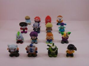 Complete Set of 16 READY2ROBOT Pilots Series 1 ALL 16 FOR THE PRICE OF A 4-PACK