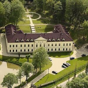 Bohmen-Schlosshotel-Kynsperk-Wellness-Kurzurlaub-2-Personen-2-4-Nachte-mit-HP