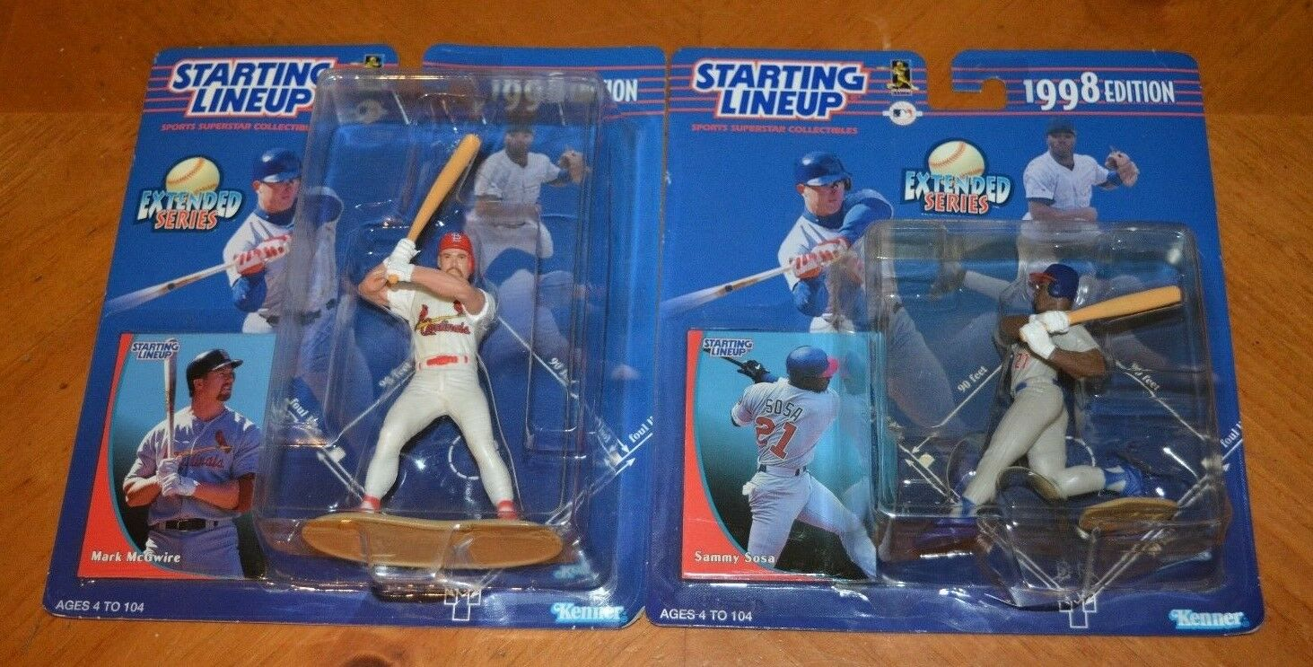 STARTING LINEUP RARE PAIR OF JAPANESE EXTENDED SERIES MARK McGWIRE & SAMMY SOSA