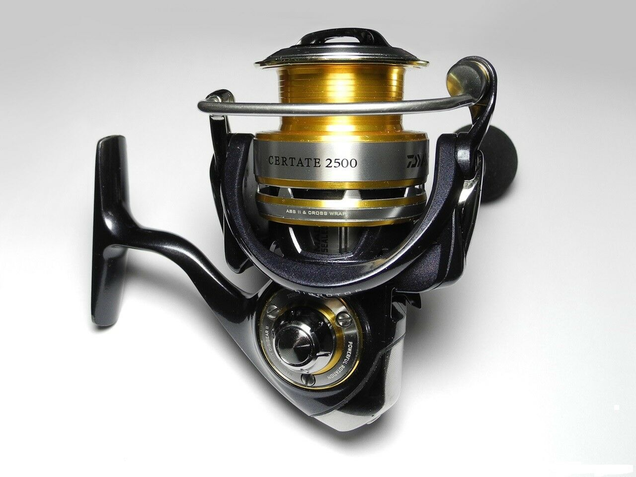 DAIWA Certate 2500 3000HA Mag Sealed Spinning Reel