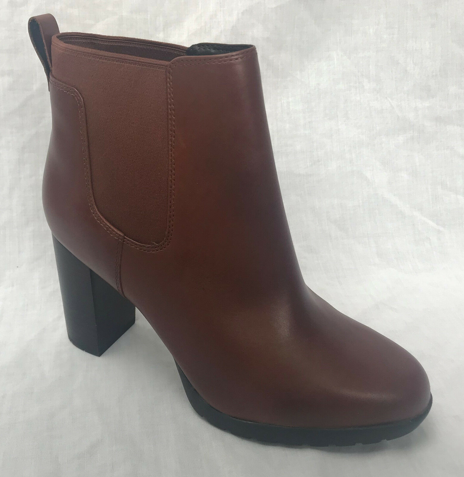 BNIB BNIB BNIB Clarks Ladies Elipsa Dee Tan Leather Chelsea Ankle Boots a26982