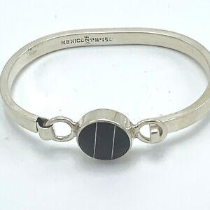 VIntage Mexico Black Onyx 925 Sterling Silver Hinged Bangle Bracelet