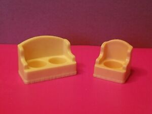 Vintage-Fisher-Price-Little-People-Yellow-Couch-And-Chair