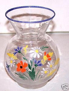 Petit Vase En Verre : petit vase en verre emaille signe sur le dessous fains ebay ~ Teatrodelosmanantiales.com Idées de Décoration
