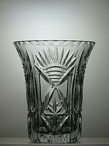 LOVELY-LEAD-CRYSTAL-CUT-GLASS-VASE