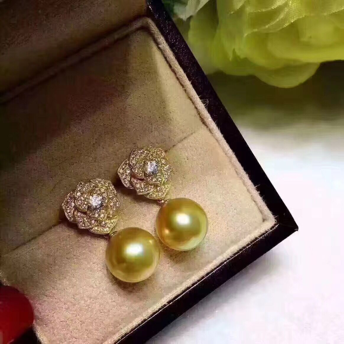 GorgeousAAA 10.5-11mm south sea round gold pearl earring YELLOW gold