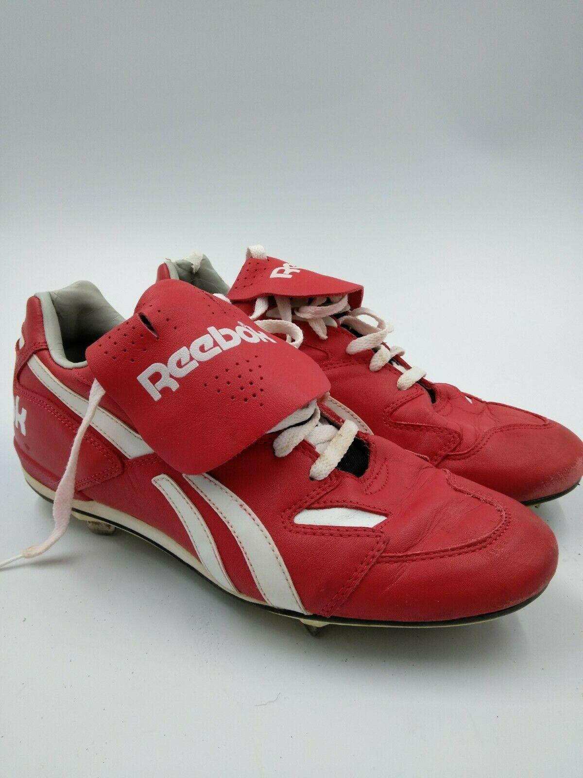 Men's Red and White Reebok Metal Cleats Size 9.5 baseball - vintage style