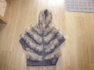 BODY-WARMER-WITH-HOOD-SIZE-S-M