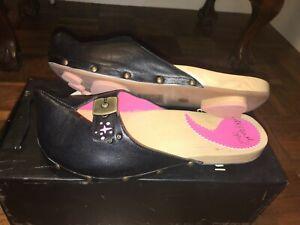 Irregular-Choice-weird-leather-pixie-elf-shoes-UK-7-40-BNIB-paw-amp-heart-soles