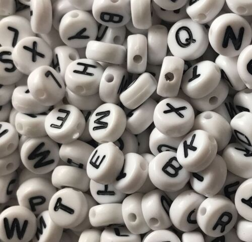 100 Round White Beads /& Black Lettering Acrylic Alphabet Letter Beads A-Z  7x4mm