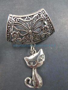 cat-slider-pendant-scarf-with-jewelry-attached