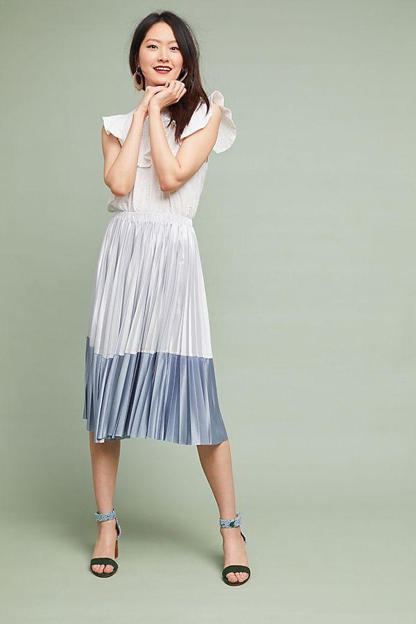 Anthropologie Cheri Pleated Skirt    NEW NWT M