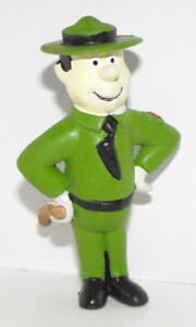 Ranger-from-Yogi-Bear-Cartoon-Plastic-Figurine-Yogi-Figure-HB008