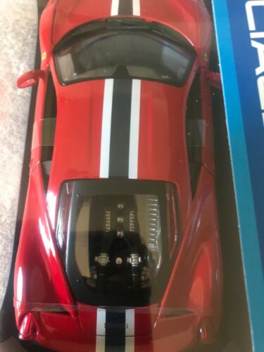 NIB RED Ferrari 458 Speciale 1:18 Model Car Maisto Special Edition