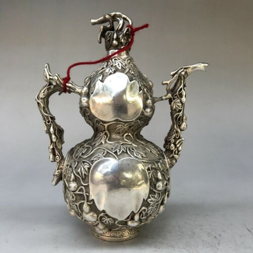 Chinese Antiques Tibetan silver hand-carved gourd shape teapot wine pot flagon