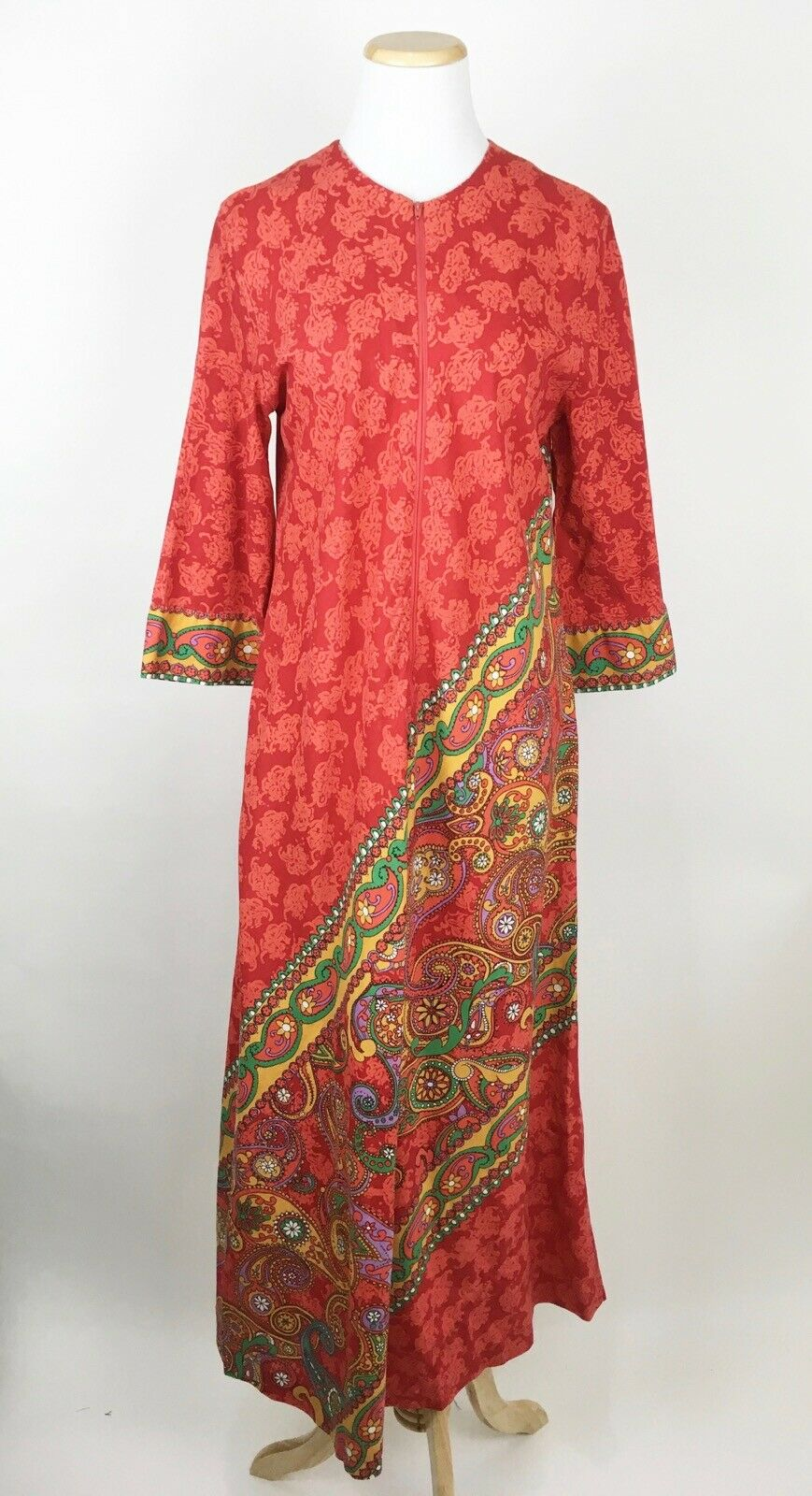 VTG 60s 70s KEYLOUN Hippie House Dress S M Zip Front rot Paisley Caftan Maxi