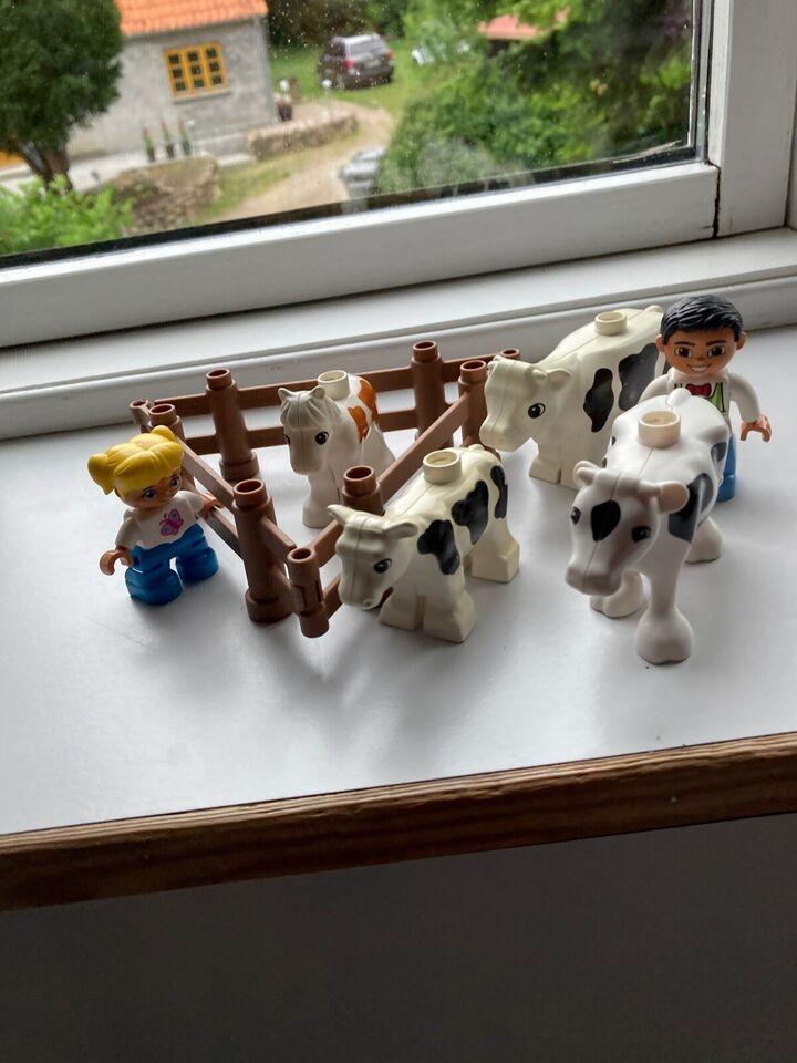 Lego Duplo, Indhegning til hesten , tre køer en far og datter