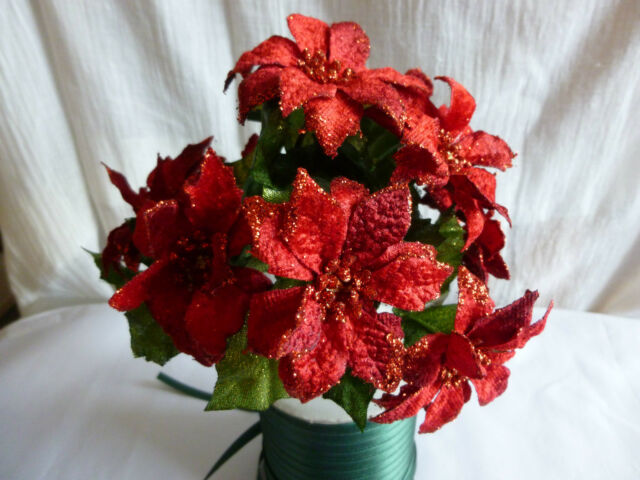 Christmas Velvet Red Poinsettia - Artificial spray - 22cm - 9 Flowers & Leaves