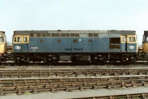 PHOTO-CLASS-33-LOCO-NO-33023-33029-33204-AT-HITHER-GREEN-DEPOT-1991
