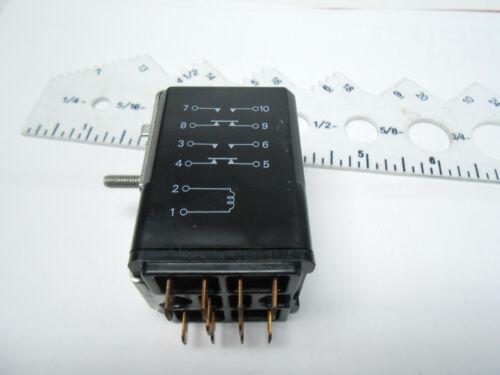 W97CSX2 MAGNECRAFT ELECTRIC RELAY 200 OHMS//50-60 HZ// 24 VDC// 120 VAC// 25 AMP NOS