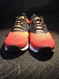 competitive price b6a7e c9906 Image is loading Nike-Air-Max-Tavas-Print-Men-039-s-