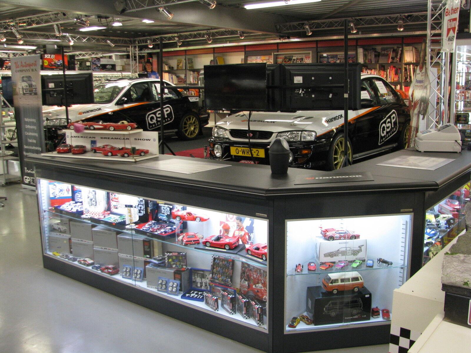 Bburago Mercedes-Benz 300 SLS 1 18 red   003 003 003 (JS) 1ee1f9