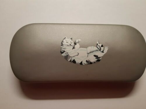 Playful Tabby cat sitting brand new metal glasses case great gift! Christmas