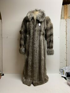 Full-Length-Jacket-49-NATURAL-NUTRIA-With-FOX-Trim-Two-Separations-Sz-M
