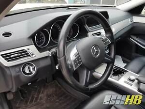 Armaturenbrett-Instrumententafel-Schwarz-Mercedes-E-Klasse-W212-Mopf-2126804687