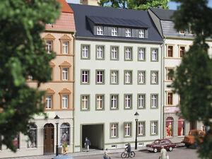 Auhagen-13337-voie-TT-Maison-de-ville-Marche-3-neuf-emballage-d-039-origine
