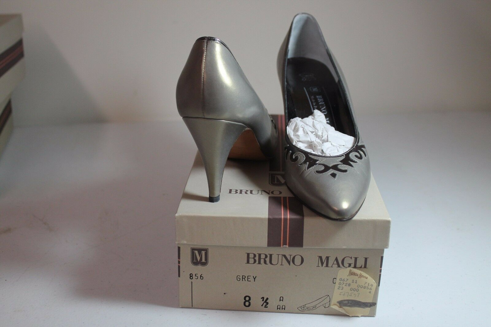 Italian Bruno Magli Damenschuhe Classic Leder Grau Shine Heel SZ 8.5 AAA