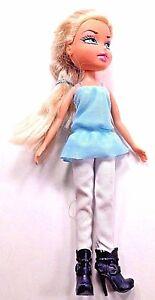 MGA-Bratz-Doll-Dressed-Boots-Blonde-Hair-Braided-2001-Lavender-Eyes-Cloe